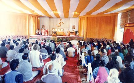 Devotees attending Satsanga in Ranchi.