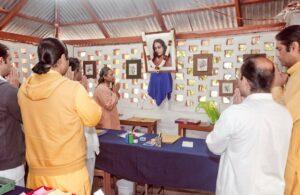 Swami Smaranananda inaugurates Reception and Registration Booth