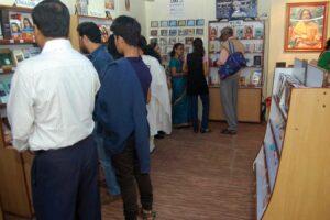 Guruji's teaching are displayed in English, Hindi, and Bengali.