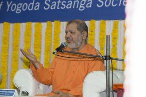 Swamiji spoke on Meditation and its Benefits.