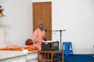 Swami Pavitrananda reminisce about their meetings with Sri Sri Mrinalini Mata.