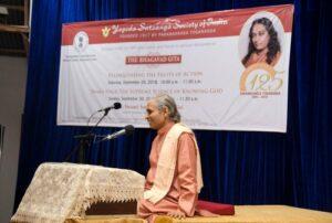 Swami Smaranananda delivers discourses on Gita at YSS Noida ashram.