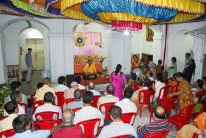 Brahmachari Shreyananda leads special meditation at Ananda Lok, Serampore.