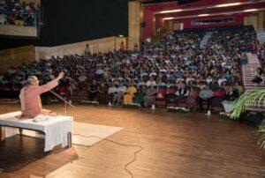 Swami Smaranananda speaks to a capacity audience in Chandigarh.