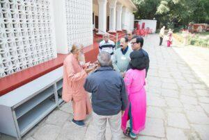 Swami Nityananda meets devotees.