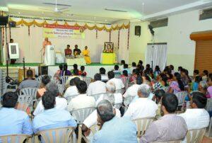 Swami Omkarananda address the gathering, Namakkal.