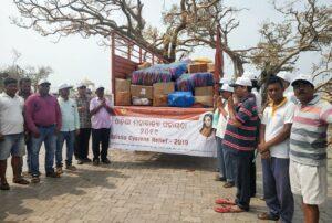 Devotees pray to Gurudeva before starting the relief work in Odisha.