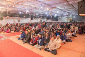 Sri Mahesh Sharma address the gathering.