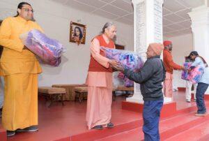 Blanket distribution to Ranchi ashram staff.
