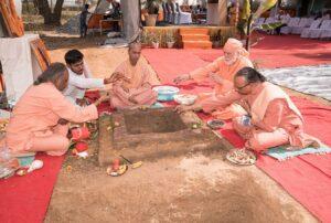 Monks participate in the Havan.