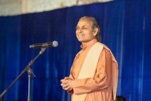 Swami Smaranananda delivers the Vote of Thanks