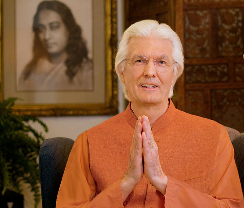 Swami Chidananda Giri spiritual head of YSS/SRF