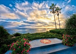 Merging of sky and ocean depicting Human and Divine love.