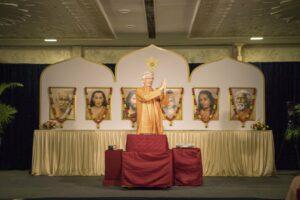 Swami Chidanada greets devotees.